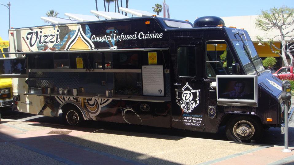 Vizzi Food Truck Serves All Thats Coastal AND A Bag Of Gourmet Popcorn