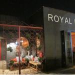 RoyalHen_place